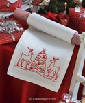 Kit chemin de table en broderie traditionnelle reindeer and christmas tree runner Anchor
