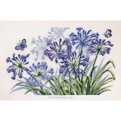 Kit tableau Permin point de croix fleurs papillons bleus
