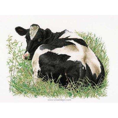 Vache allongée sur lin broderie au point de croix - Thea Gouverneur