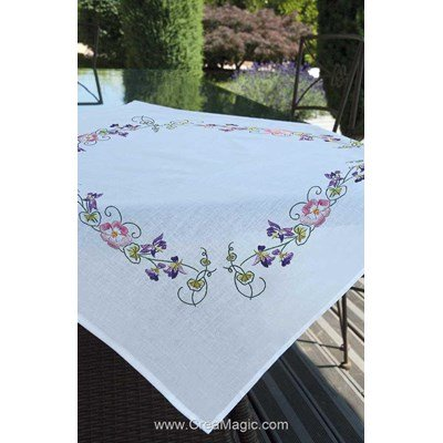 Nappe imprimée en broderie traditionnelle enchantement Brodélia
