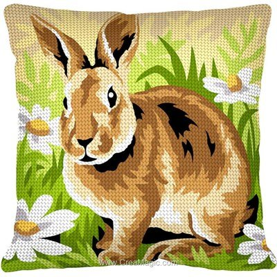 Coussin lapin et marguerittes au demi point - Margot