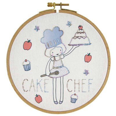 Broderie traditionnelle DMC cake chef
