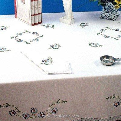 Serviette de table imprimée en broderie traditionnelle jardin fleuri - Bordée dentelle - Luc Création