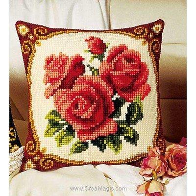Coussin Vervaco roses rouges au point de croix