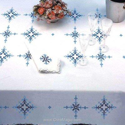 Serviette de table géometrie en broderie au point de croix imprimé - Bordée dentelle - Luc Création