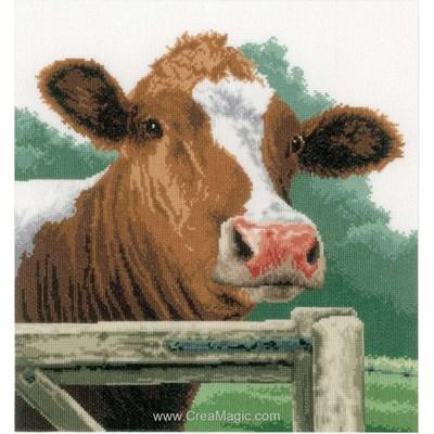 La bonne vache à la barrière modèle Lanarte au point de croix