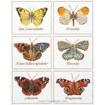 Broderie au point de croix compté 6 papillons sur lin de Thea Gouverneur