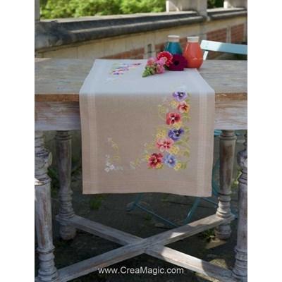 Kit chemin de table imprimé violettes en broderie traditionnelle Vervaco