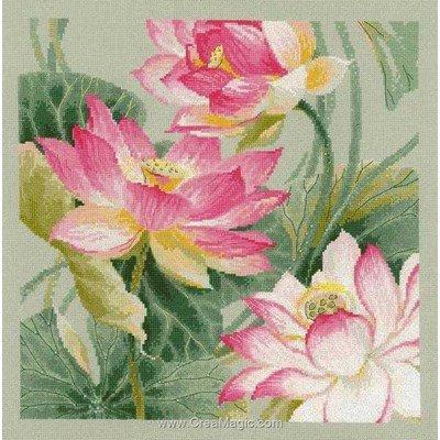 Les 3 lotus broderie de RIOLIS au point de croix