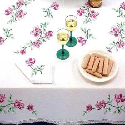 Serviette de table en broderie traditionnelle brins fleuris - Bordée dentelle de Luc Création
