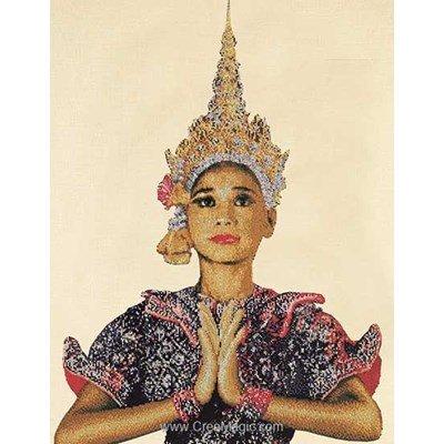 Point de croix de Thea Gouverneur à broder femme de thaïland sur lin