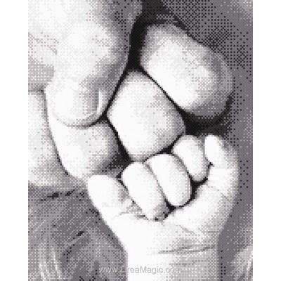Kit Marie Coeur à broder petites mains d'un père et son bébé