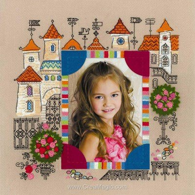 Modèle broderie point de croix cadre photo château de princesse - RIOLIS