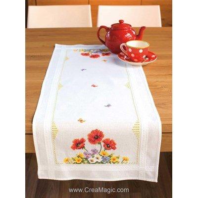 Kit chemin de table imprimé champêtre en broderie traditionnelle Vervaco