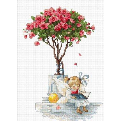 Kit Luca-S elfe sous le rosier