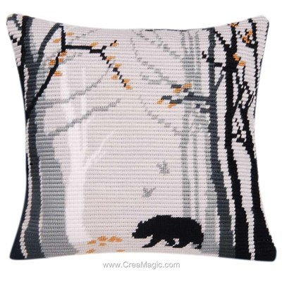Coussin La Maison Victor bruno au point gobelin