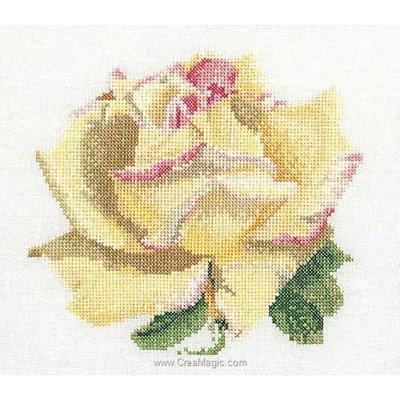 Rose b sur lin modèle point de croix - Thea Gouverneur