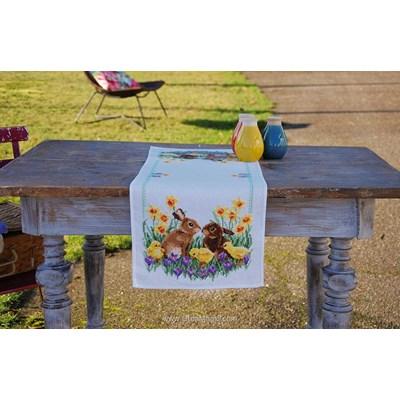 Kit chemin de table les lapins et les poussins à broder au point de croix - Vervaco