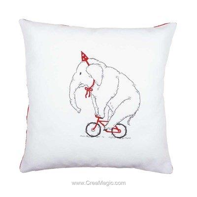 Kit coussin eléphant cycliste en broderie traditionnelle - Vervaco PN-0162239