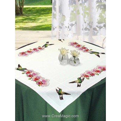 Nappe en kit orchidées et colibris à broder au point de croix compte Mimo Verde