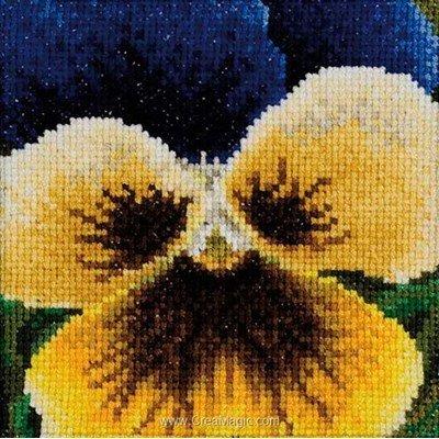 Yellow pansy sur aida modèle Thea Gouverneur au point de croix