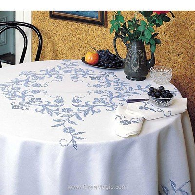 Serviette de table en broderie au point de croix imprimé tradition de Margot Broderie