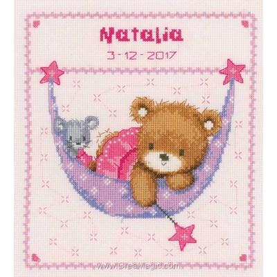 Point de croix bébé Vervaco petit ours rose dans le hamac