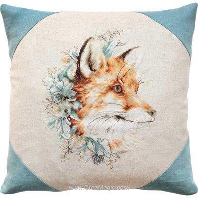 Kit coussin le renard dans les fleur à broder au point de croix compté - Luca-S