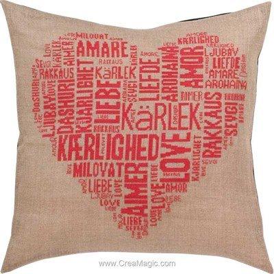 Kit coussin Permin love amour rose à broder au point de croix compte