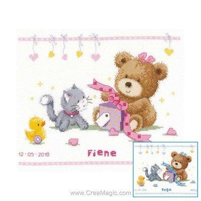Point de croix bébé ourson et son cadeau fille ou garçon de Vervaco