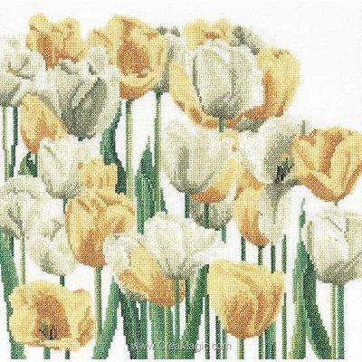 Kit tableau Thea Gouverneur point de croix tulipes sur lin