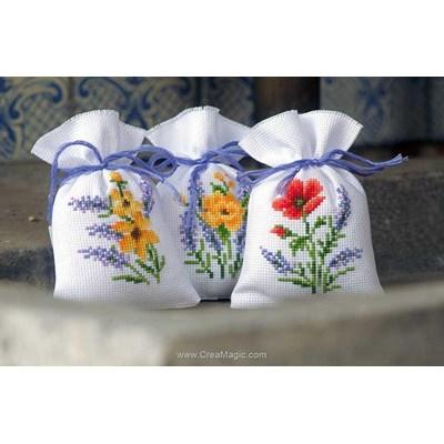 Sachet senteur à broder fleurs et lavande lot de 3 Vervaco