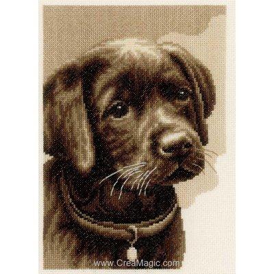 Chiot labrador noir kit point de croix de Vervaco à broder