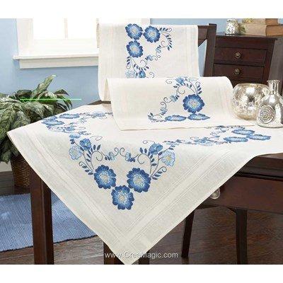 Kit chemin de table imprimé rêve fleuri blanc en broderie traditionnelle - Duftin 07047-AZ05