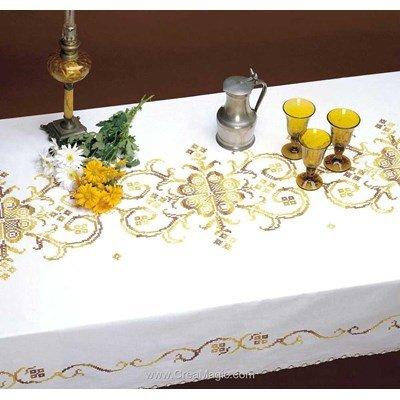 Serviette de table dorée merveille en broderie au point de croix imprimé - Bordée dentelle de Luc Création