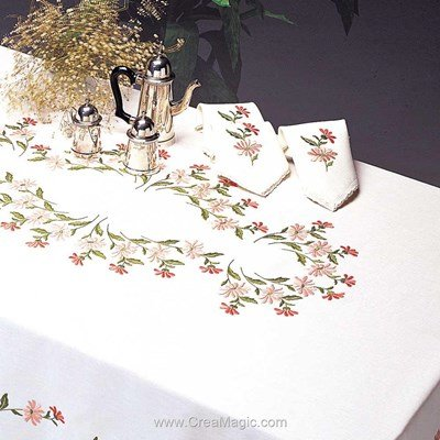 Serviette de table imprimée en broderie traditionnelle chevreuse de Margot Broderie
