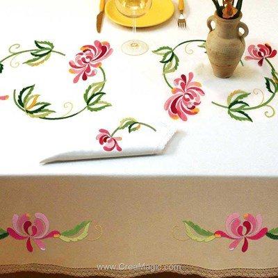 Serviette de table imprimée en broderie traditionnelle harmonie - Bordée dentelle de Luc Création
