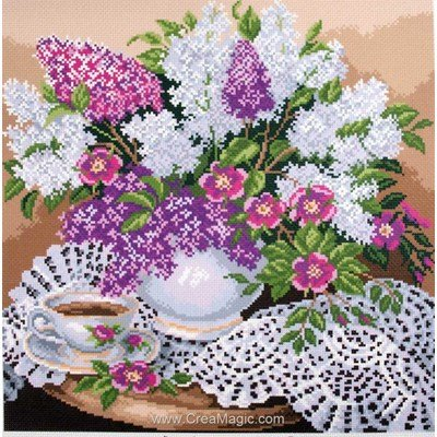 Kit broderie imprimée lilas - lilacs in vase sur aida - Collection d'art