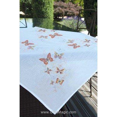 Nappe imprimée en broderie traditionnelle papillons orangés - Brodélia