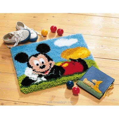 Tapis point noue mickey mouse dans l'herbre disney - Vervaco