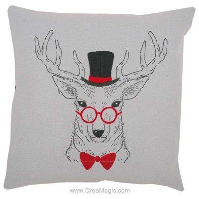 Coussin Vervaco cerf aux lunettes rouges à broder en broderie traditionnelle imprimée
