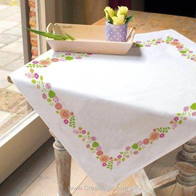 Serviette de table imprimée en broderie traditionnelle douce prairie - Montée dentelle - BrodArt