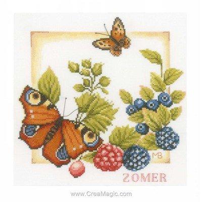 Kit broderie point de croix papillon et fruits rouges de Lanarte