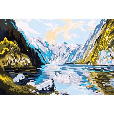 Le lac du sommet au coeur des montagnes canevas chez Collection d'art