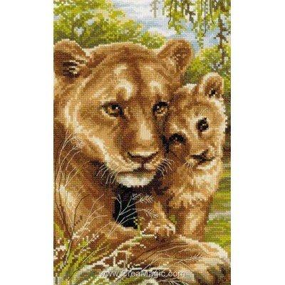 Modèle broderie point de croix RIOLIS le lionne et le lionceau