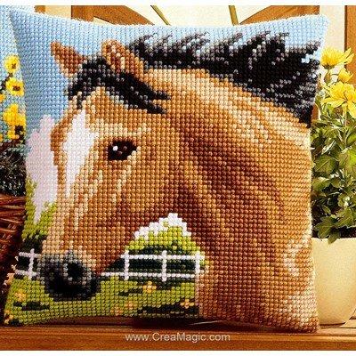 Coussin Vervaco cheval marron au point de croix