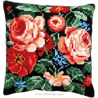 Coussin Vervaco roses florales prestiges au point de croix