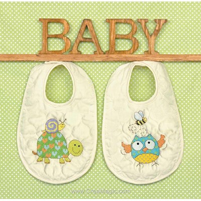 Kit bavoir woodland creatures bibs - lot 2 à broder de Dimensions