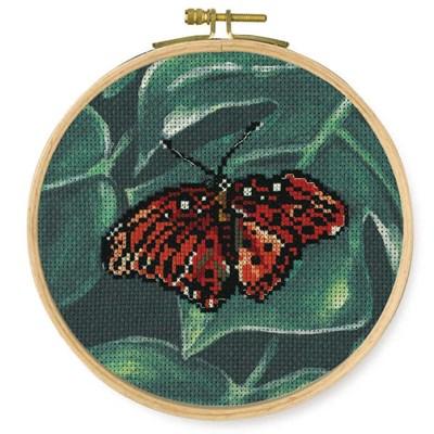 Modèle DMC au point de croix papillon rouge