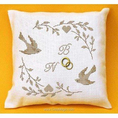 Coussin de Mariage Oiseaux et Cœurs à broder au point de croix - Planète Mauve